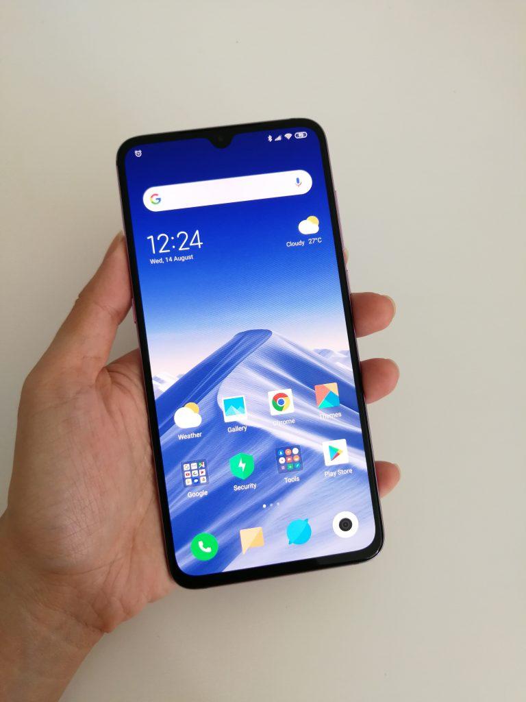 Xiaomi Mi 9 Review: The Best In Its Range 12