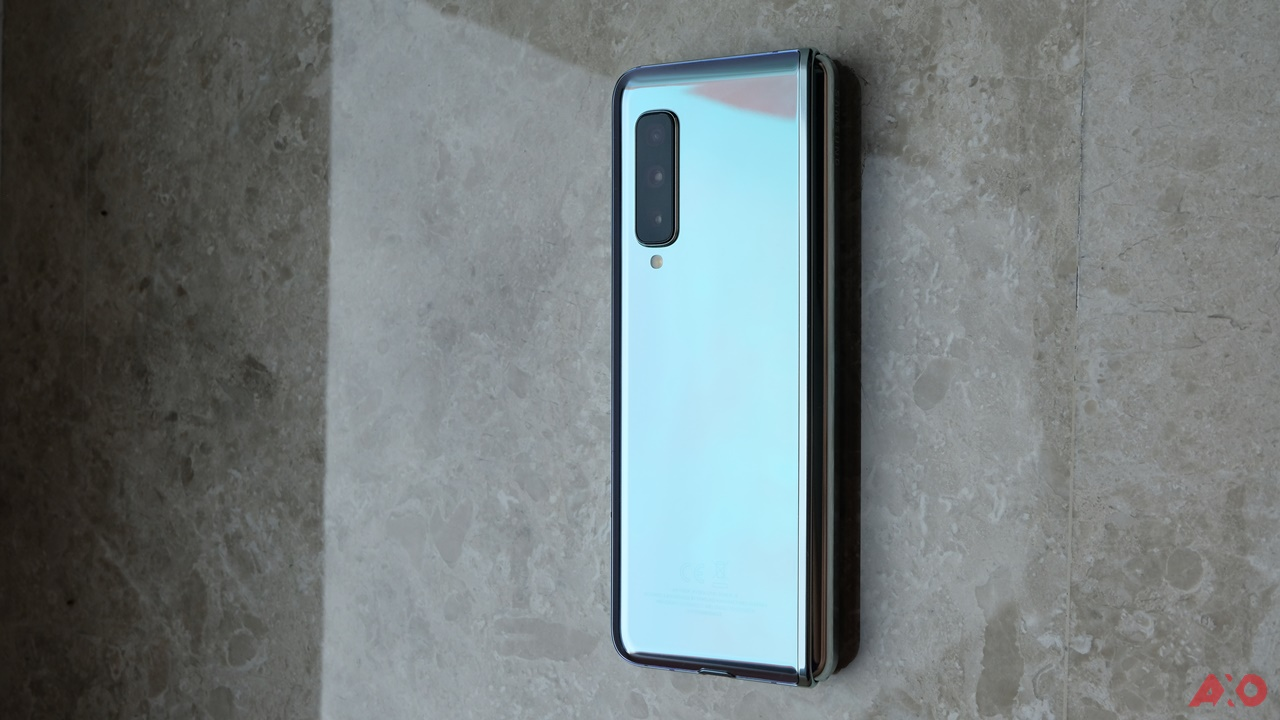 First Impressions: Samsung Galaxy Fold 42