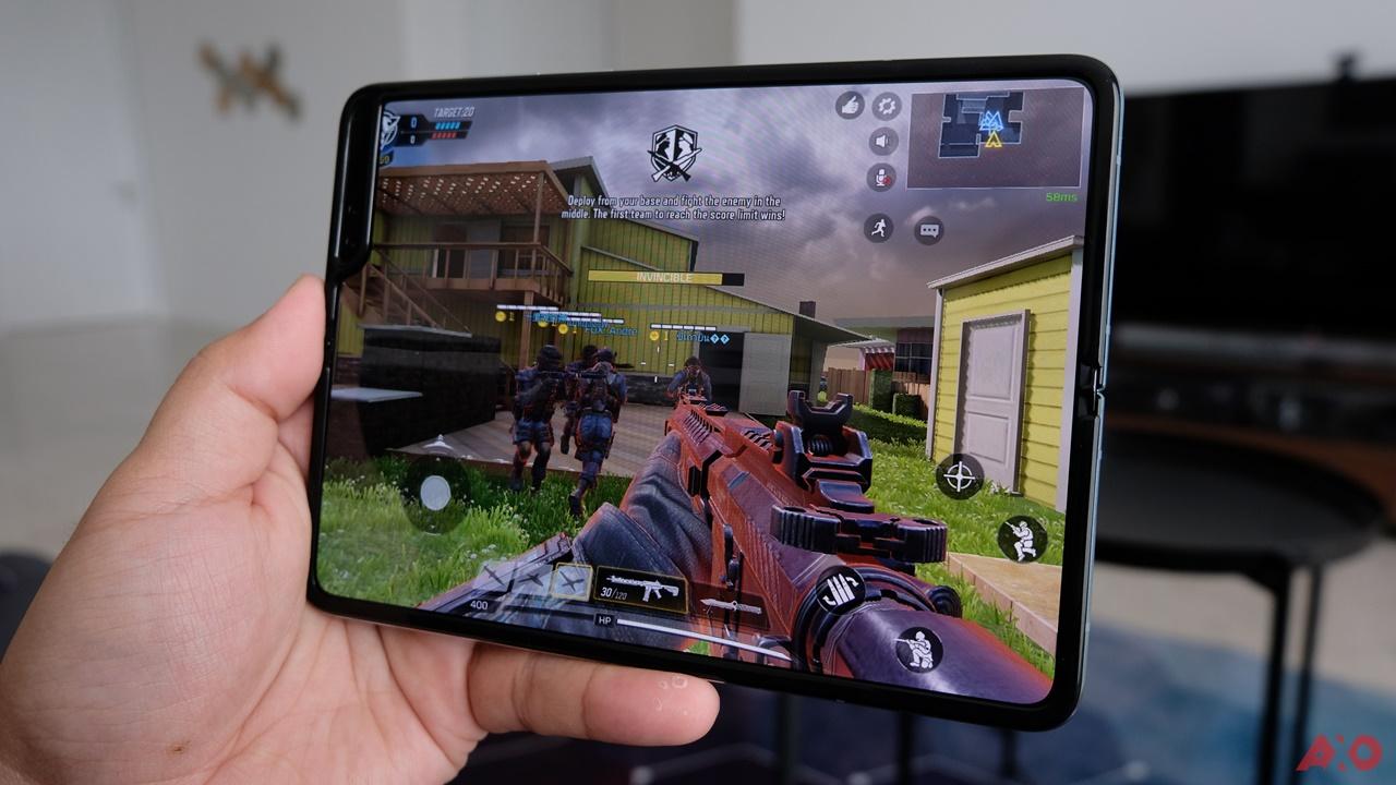 First Impressions: Samsung Galaxy Fold 32
