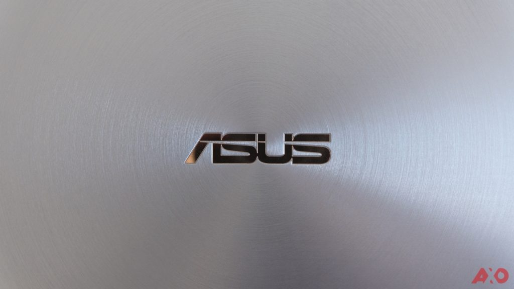 ASUS ZenBook 14 UM431 Review: Lightweight Champion 13