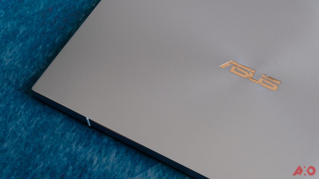 ASUS ZenBook 14 UM431 Review: Lightweight Champion 28
