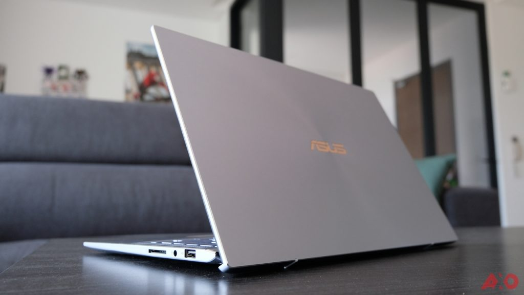 ASUS ZenBook 14 UM431 Review: Lightweight Champion 42