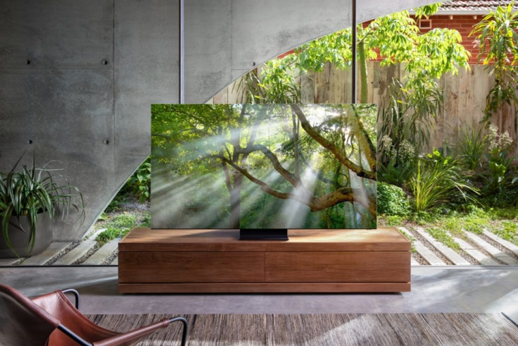 CES 2020: Samsung Q950TS Bezel-Less 8K QLED Smart TV 5