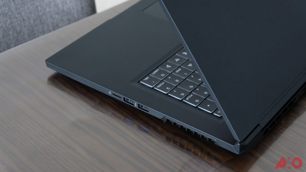 Illegear Selenite Pro Gaming Laptop Review: Proper Heavyweight Gaming 44