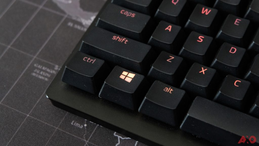 Razer Huntsman TE Review: Of Light and Loudness 37
