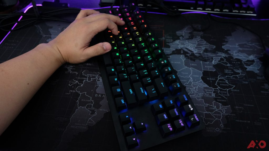 Razer Huntsman TE Review: Of Light and Loudness 20