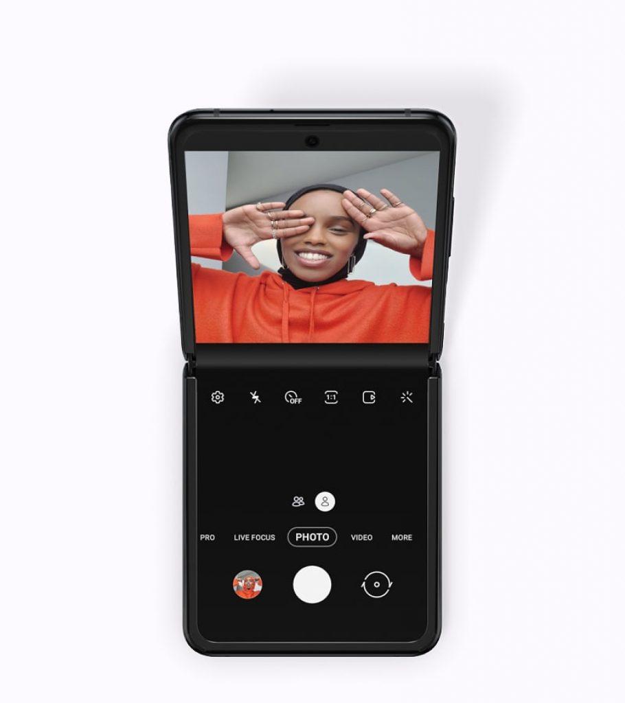 Samsung Galaxy Z Flip: Meet Samsung's New Flip Phone 8