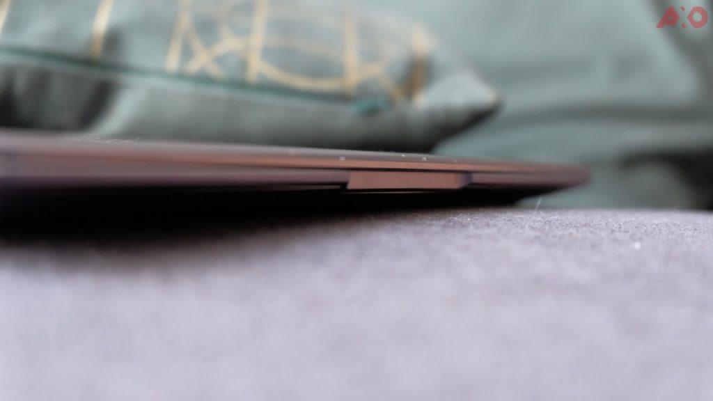 Huawei MateBook X Pro edge