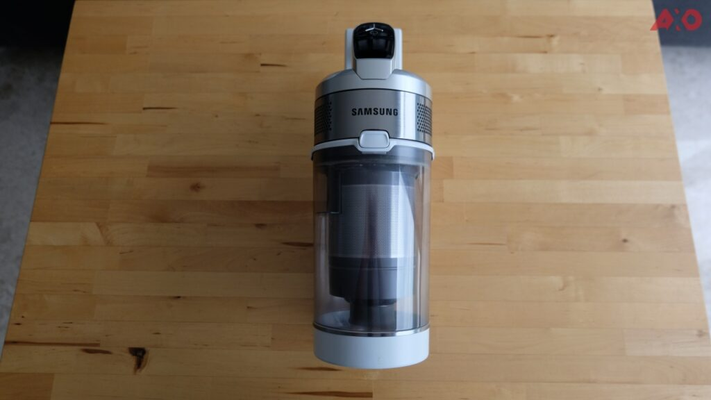 Samsung Jet 70 Easy Vacuum Cleaner + Clean Station Review: It Sucks Real Good 15