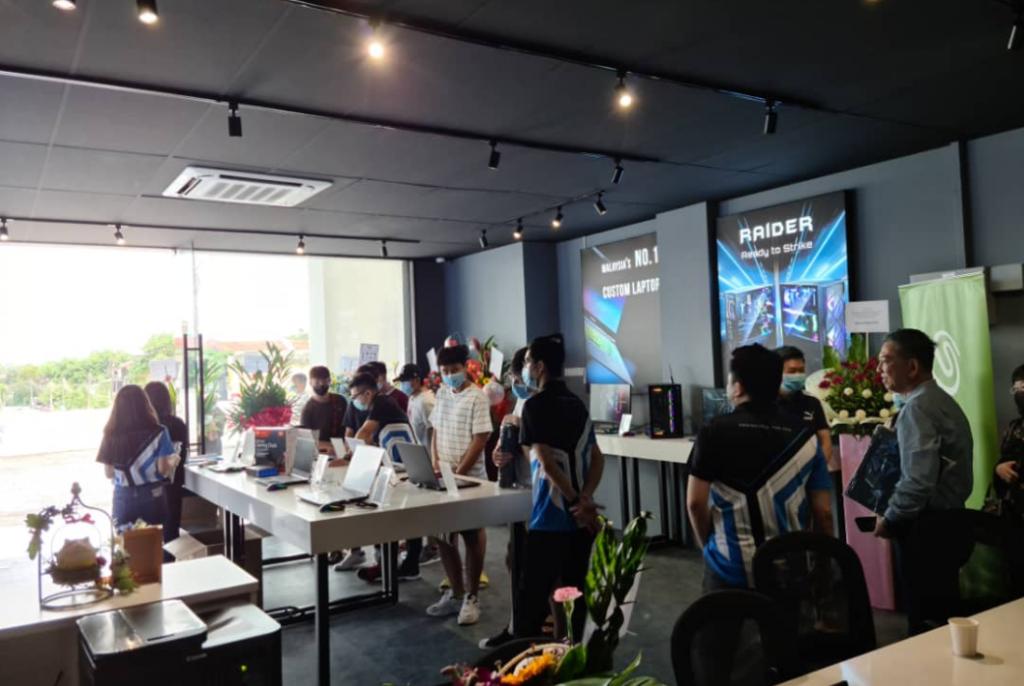 Illegear Johor Bahru Concept Showroom Launched; AMD Ryzen 4000 Series Laptops Unveiled 6