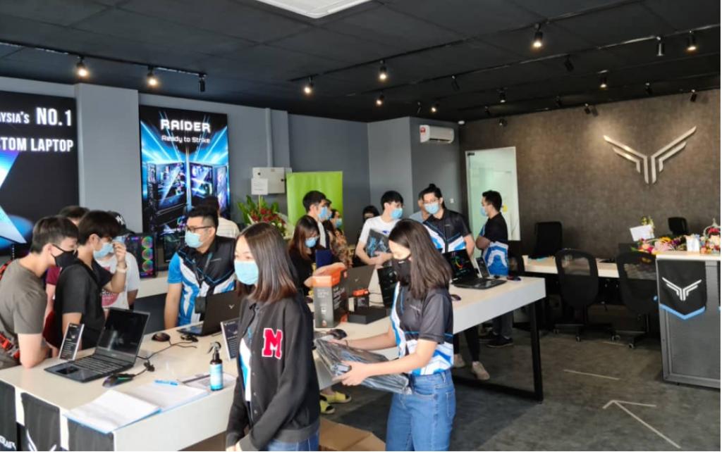 Illegear Johor Bahru Concept Showroom Launched; AMD Ryzen 4000 Series Laptops Unveiled 5