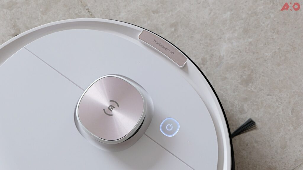 DEEBOT OZMO T8 Smart Robot Vacuum Review: Senses Everything, Sucks Everything 18