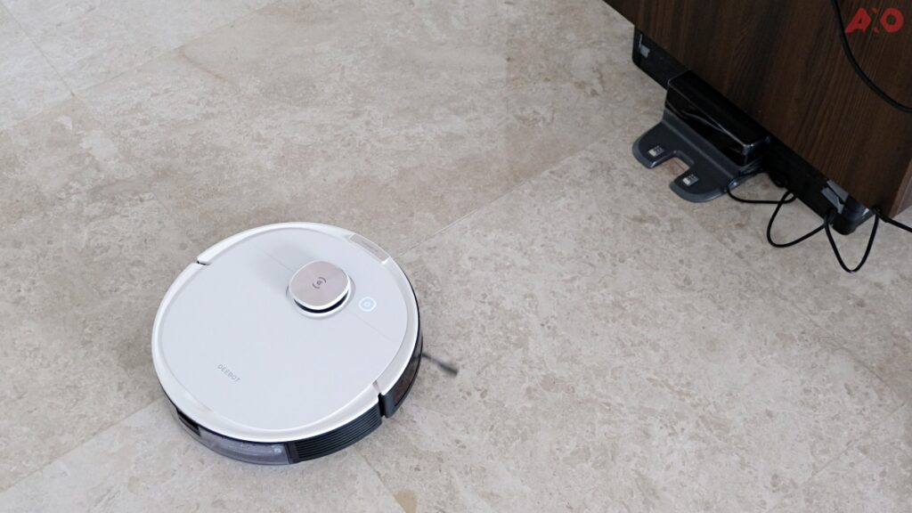 DEEBOT OZMO T8 Smart Robot Vacuum Review: Senses Everything, Sucks Everything 35