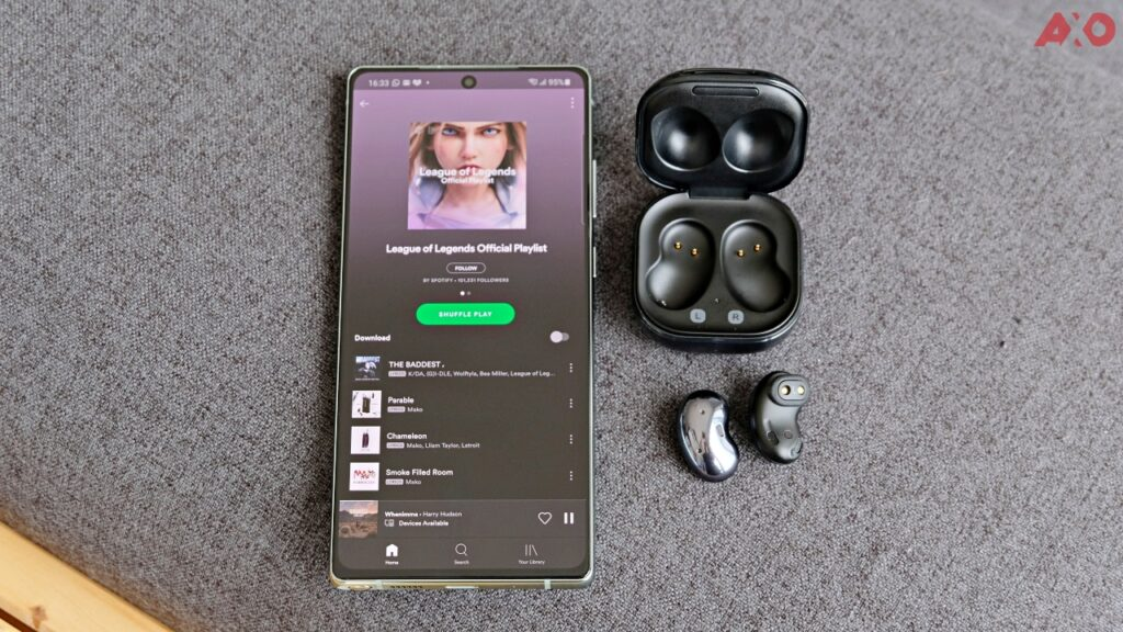 Samsung Galaxy Buds Live TWS Earbuds Review: Good Sounding Magic Beans 29