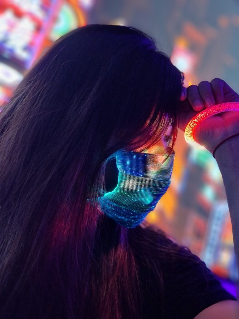 Simple Guide To Create Instagrammable Neon Shots Using Only The Samsung Galaxy Note20 Ultra 5G 20
