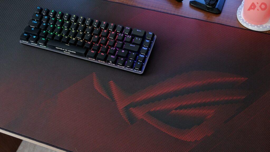 Asus ROG Scabbard II Gaming Mousepad