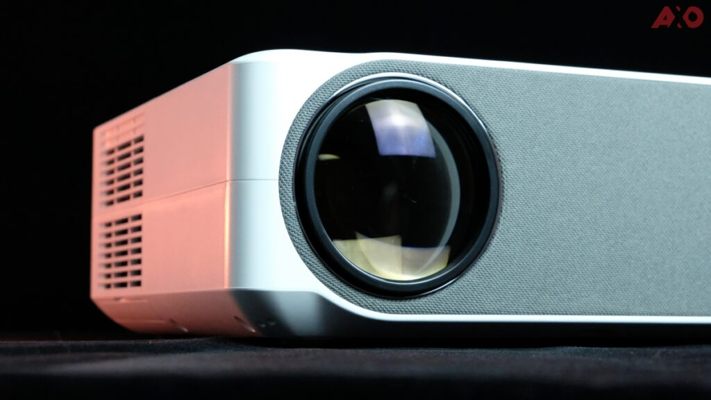 Lumos Auro SMART Projector Review: Bringing The Cinema Experience Home To You 19