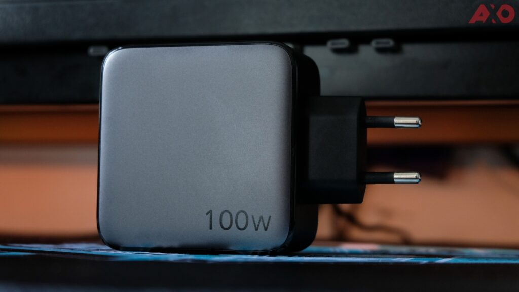UGreen GAN 100W Fast Charger Review